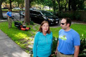 St. Louis lawn care professionals